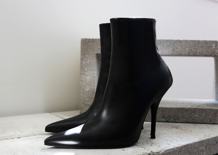 walking blaen ankle boots (black)