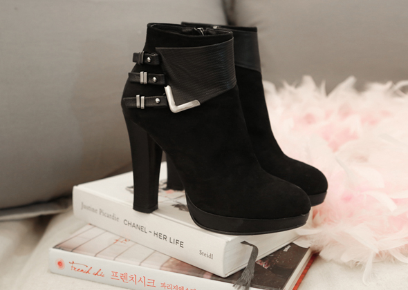 black ankle heel