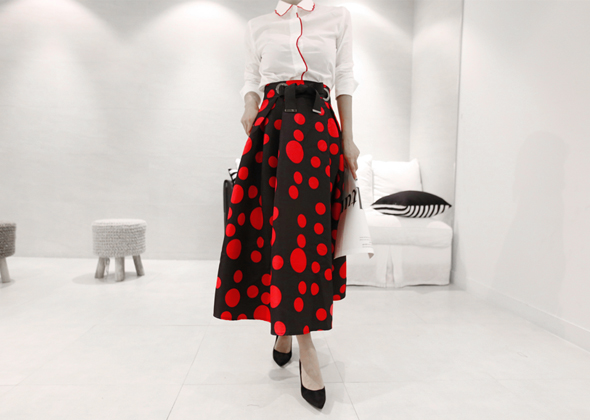 red dot skirt