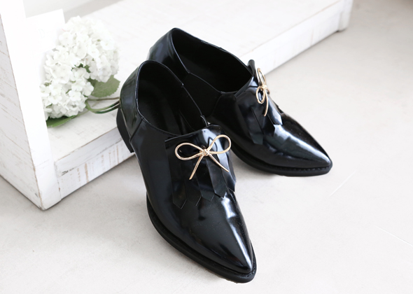 ribbon loafer