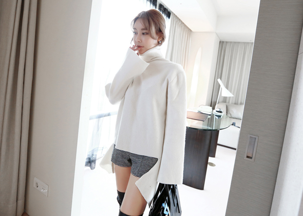 point slit pola knit