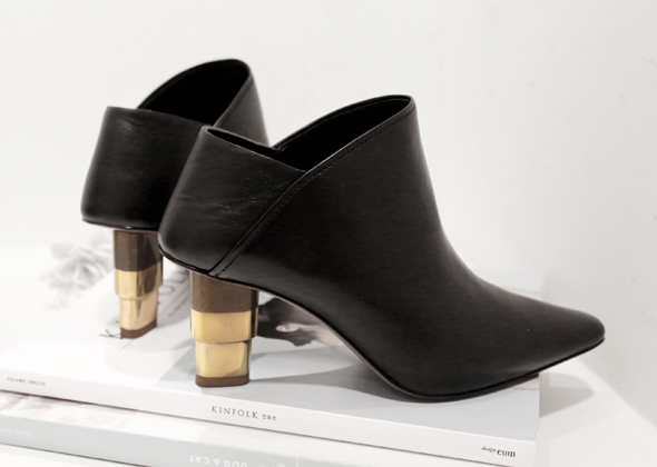 cel gold metal heel