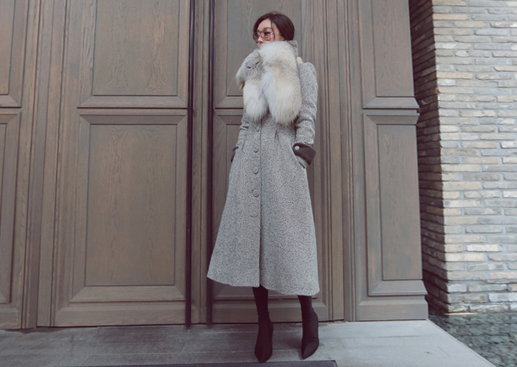 herringbone fur coat (gray)