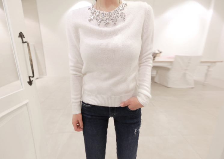 jewelry neck knit