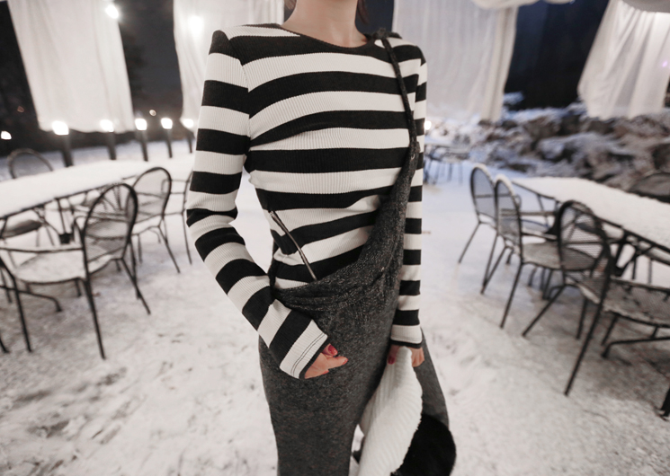 stripe zipper tee