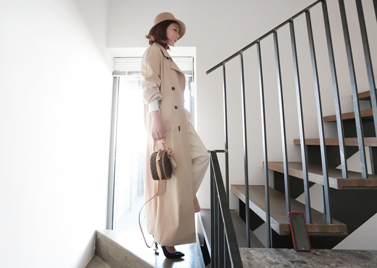 blanc trench coat (beige)