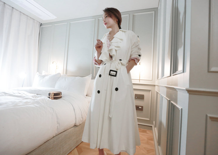 frill trench coat (ivory)