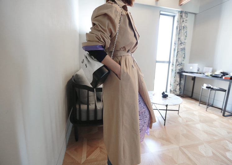 puff trench coat (beige)