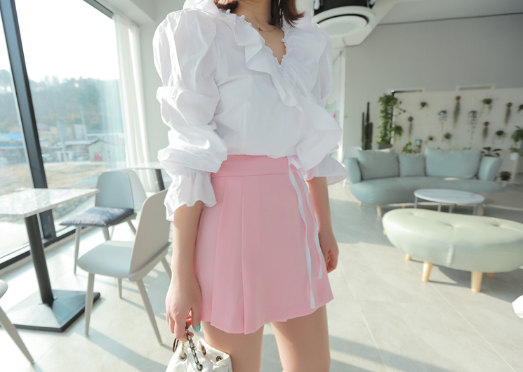 unbal frill blouse