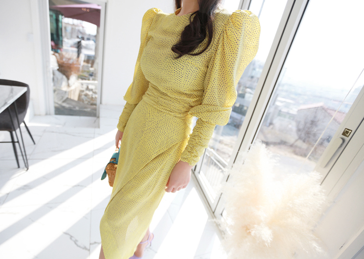 embossing dot blouse (yellow)