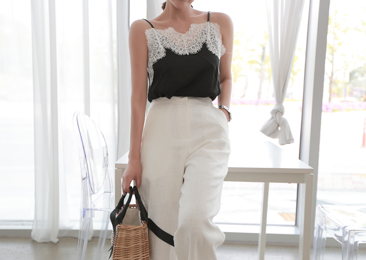 may lace sleeveless