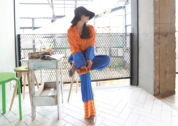 sunset set (orange blouse+blue pants)