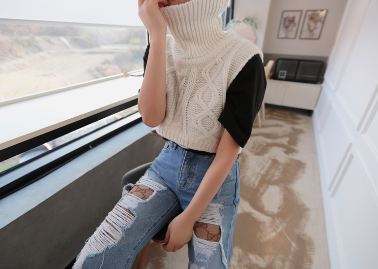 turtle short knit vest