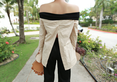 must-have blouse